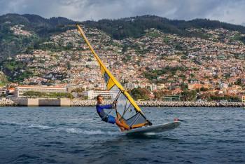 ilha da madeira_WindSurf_Funchal_Madeira_CreditoTurismodaMadeira