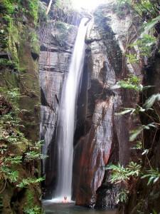 Chapada das Mesas - cachoeira_pedra_furada